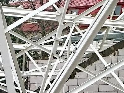 budowa biedronki 24