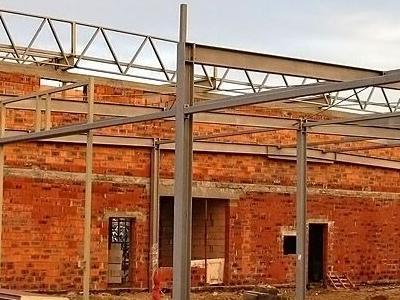 budowa salonu nissana 12